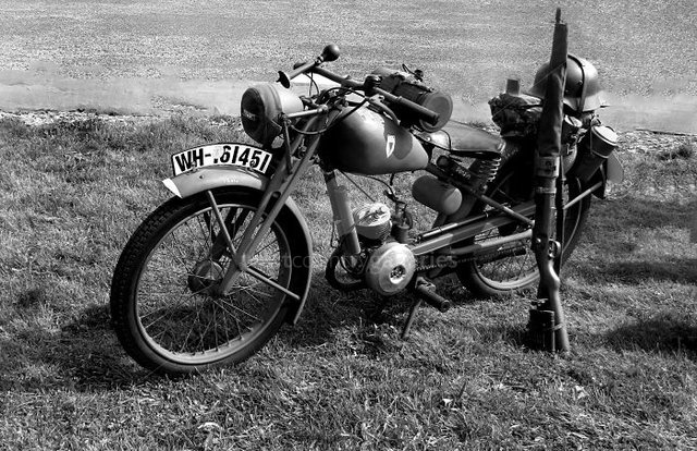 Image of Military Motorcycle 4