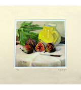 Image of Figs with yellow jug